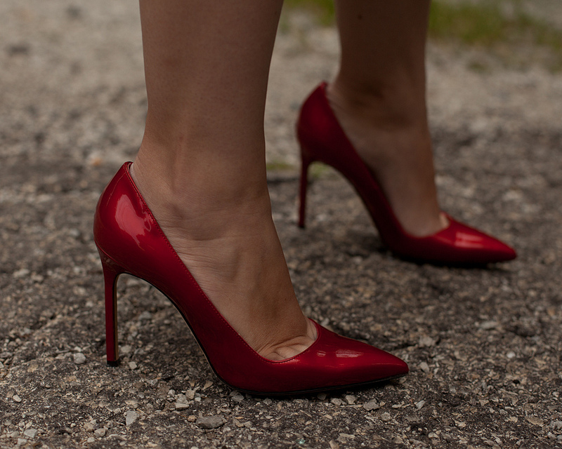 Manolo Blahnik BB Red Patent Leather Pumps